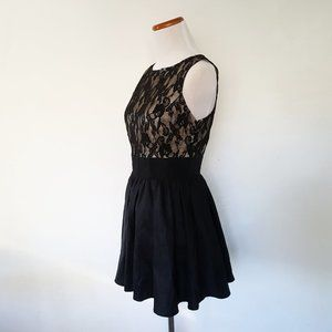 Forever 21 Lace A-Line Cocktail Mini Dress Size S